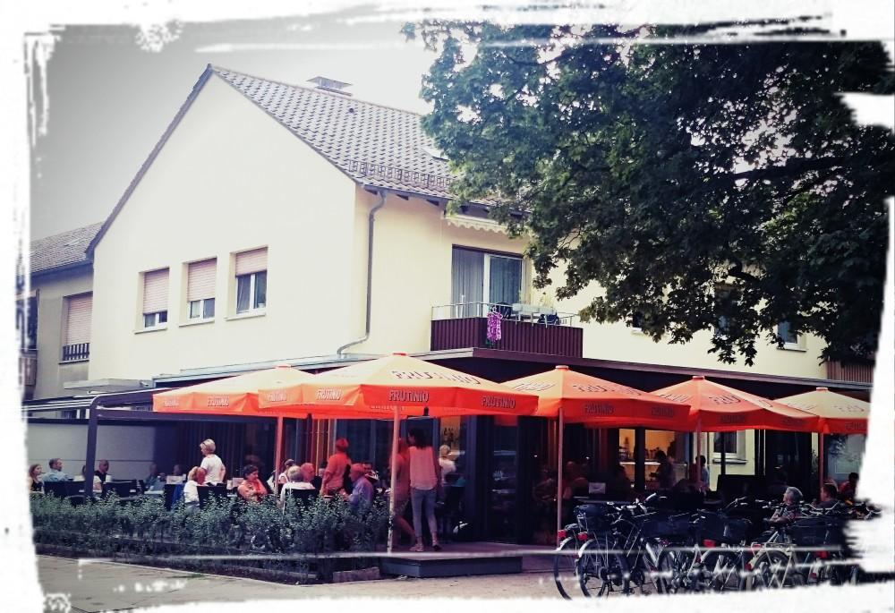 Rezension: Eis Schätzle/Karlsruhe (1/2)