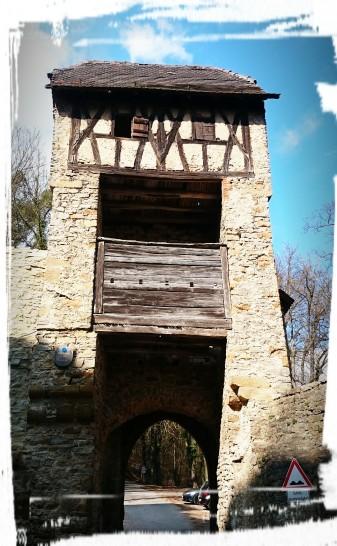 Toranlage der Burg Hornberg