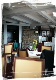 Im Restaurant II