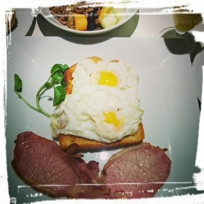 Frühstück, The Caesar, London