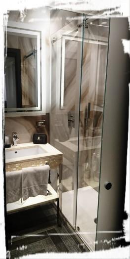 ...Badezimmer im The Tribune, Rom