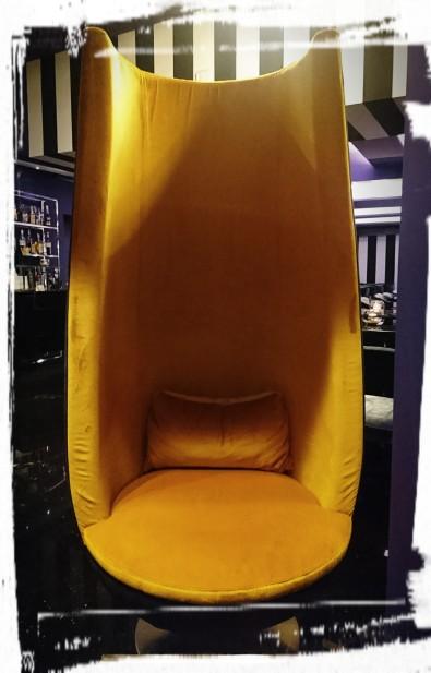 Sessel in der Bar, The Tribune, Rom