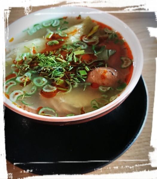 "Canh Chua, ""saure Suppe"""